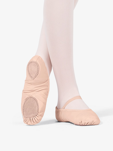 Girls pink ballet slippers with no drawstring