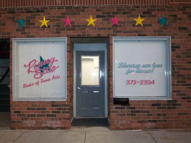 Rising Star's Grand Ledge studio facade